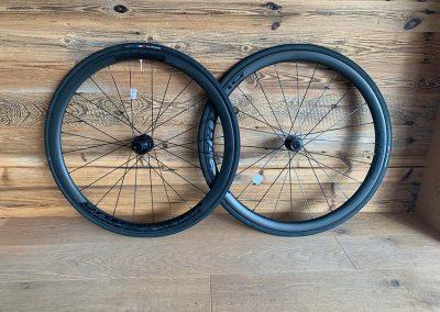 bontrager aeolus elite 35 tlr disc
